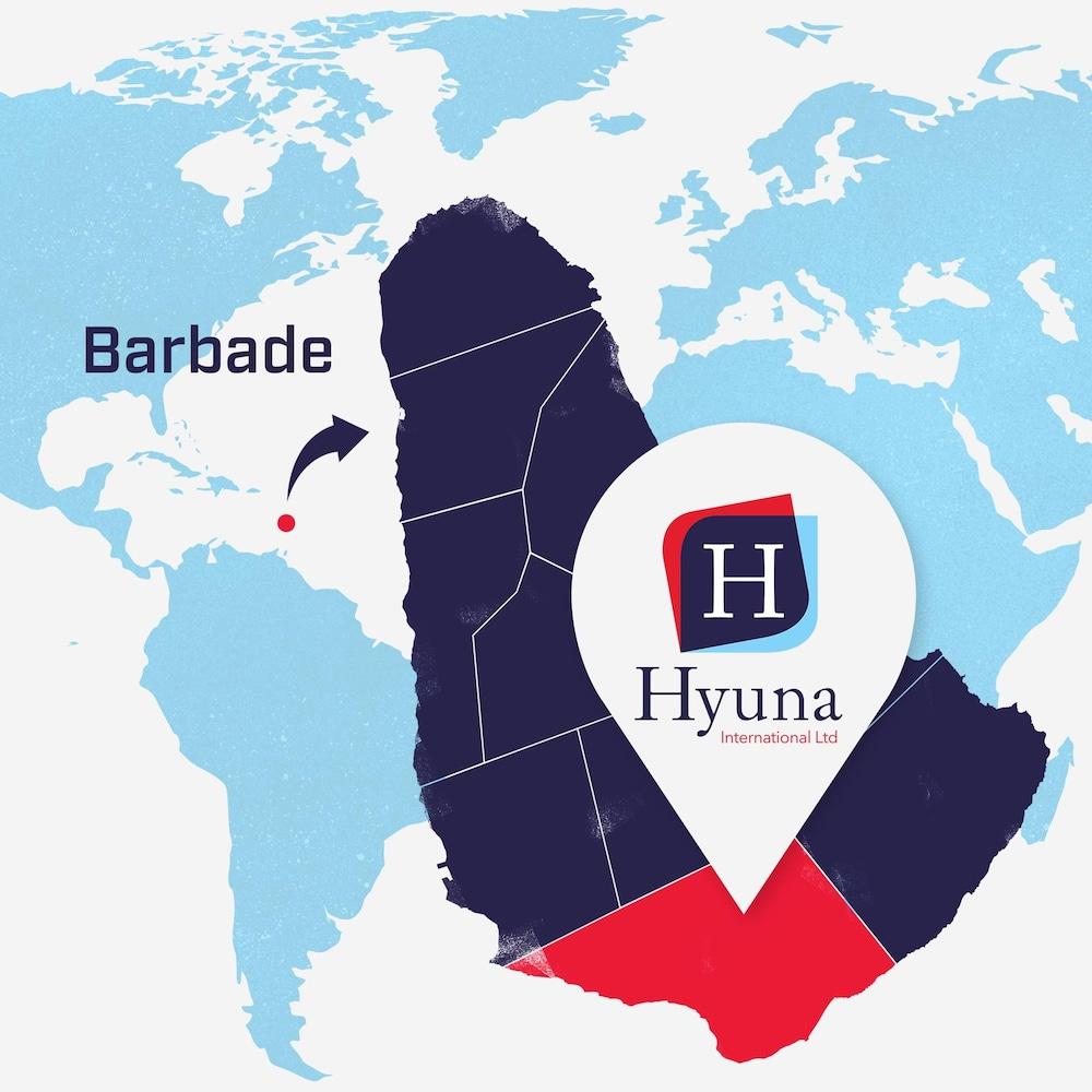 Une carte du monde. La Barbade est élargie et le logo de Hyuna International Ltd. est superposé sur le pays afin de montrer son emplacement.