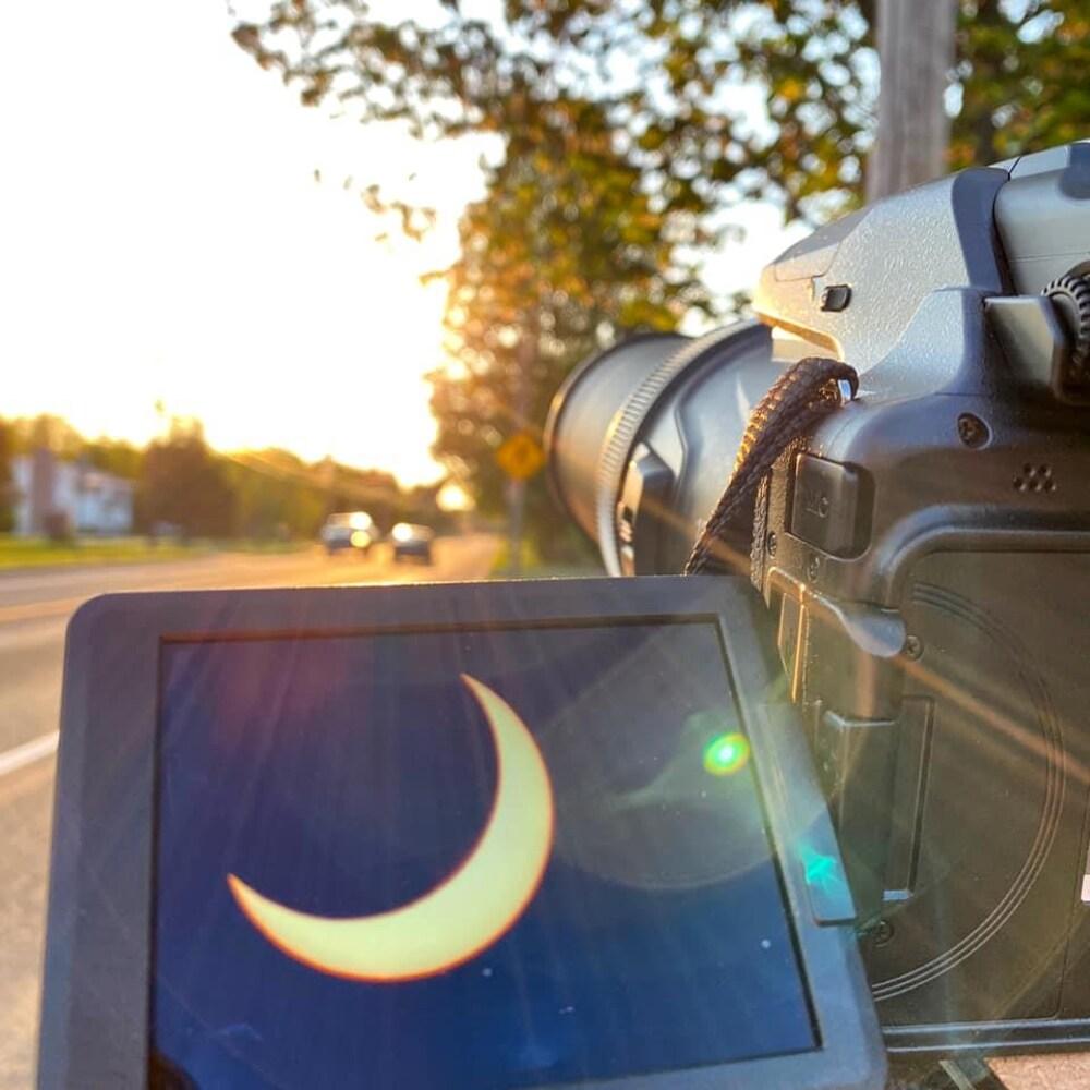 Une photo prise d'un appareil photo avec un téléphone.