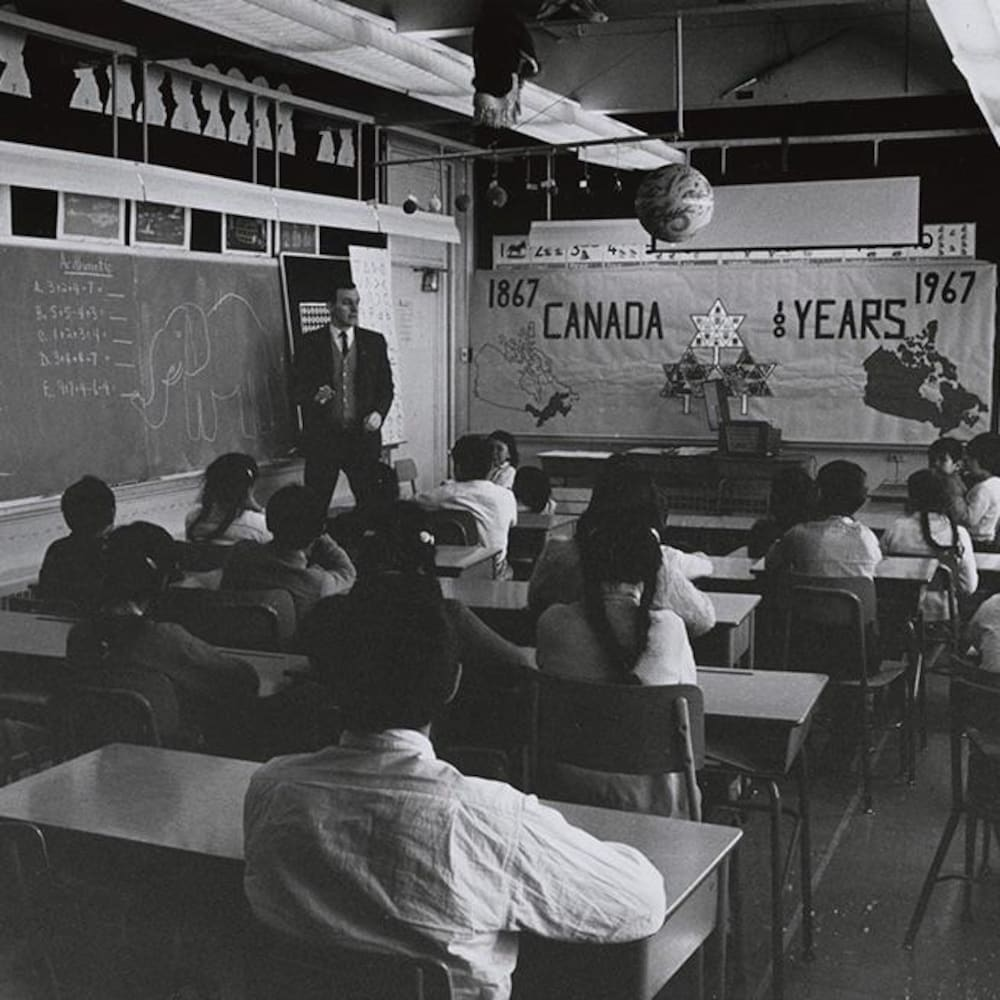 Une classe de Grise Fiord en 1967.