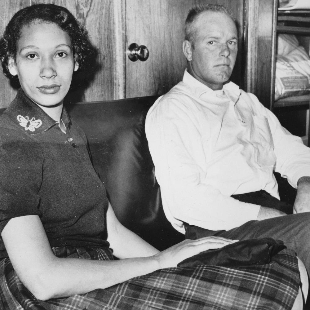 Mildred et Richard Loving, dont la cause a contribué à abolir l'interdiction des mariages mixtes aux États-Unis.