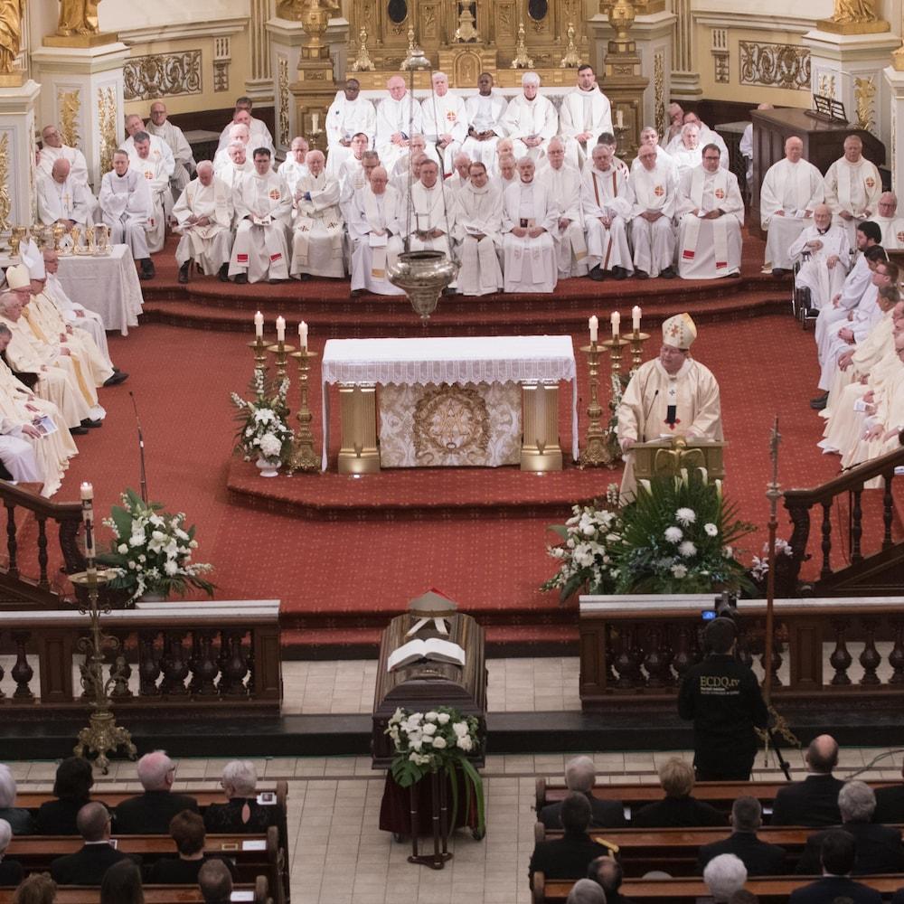 Le cardinal Gérald Cyprien Lacroix a souligné que Mgr Couture a consacré sa vie à la défense des plus vulnérables.