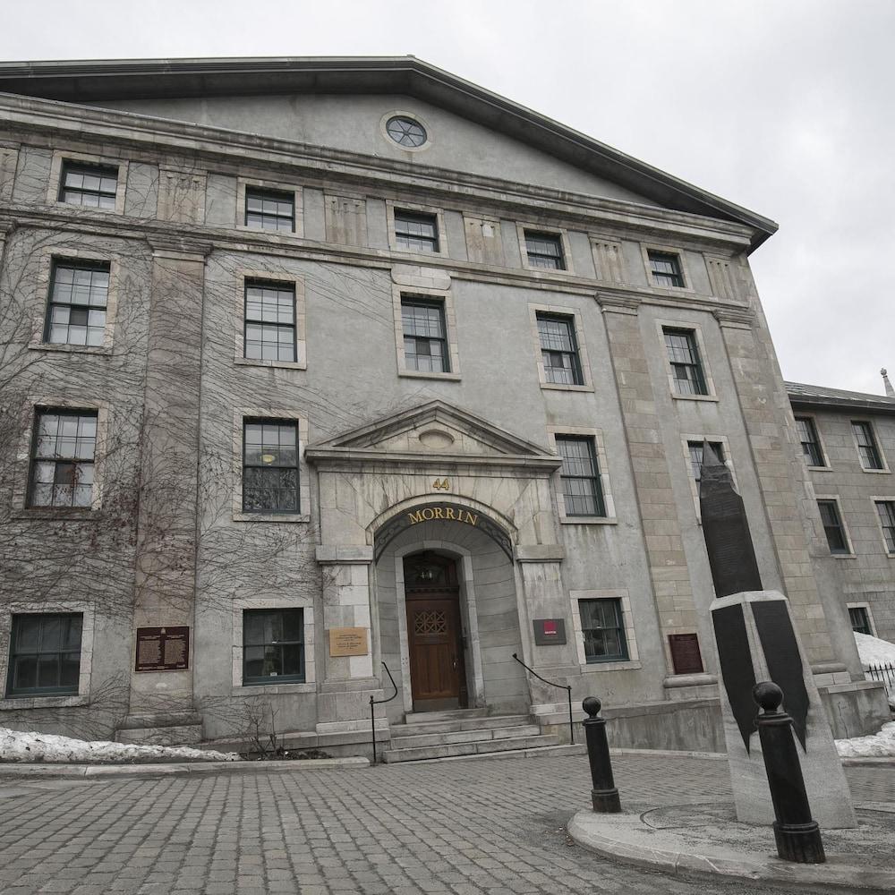 Le Morrin Center, un lieu d'échange et de promotion de la culture anglophone à Québec, a déjà abrité une prison.