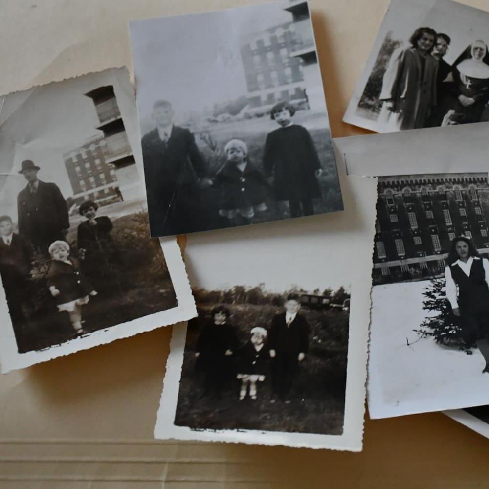 Des photos en noir et blanc appartenant à J. Simone Desbiens.