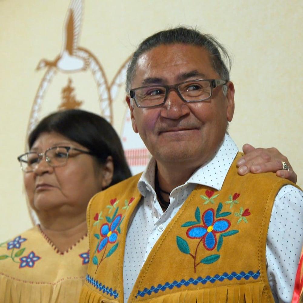 Le député sortant de la circonscription Abitibi—Baie-James—Nunavik—Eeyou au fédéral, Romeo Saganash, a été honoré par la nation crie pour son engagement politique.