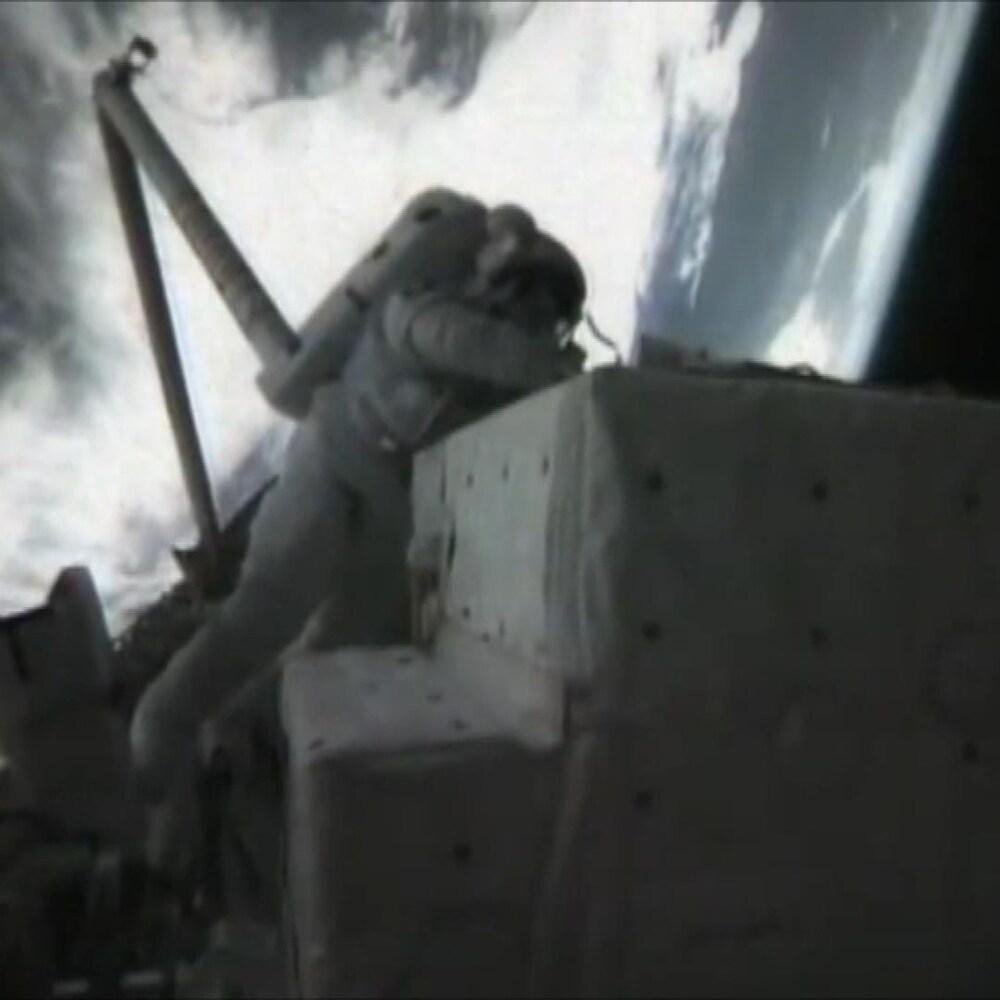 Kathy Sullivan dans l'espace.