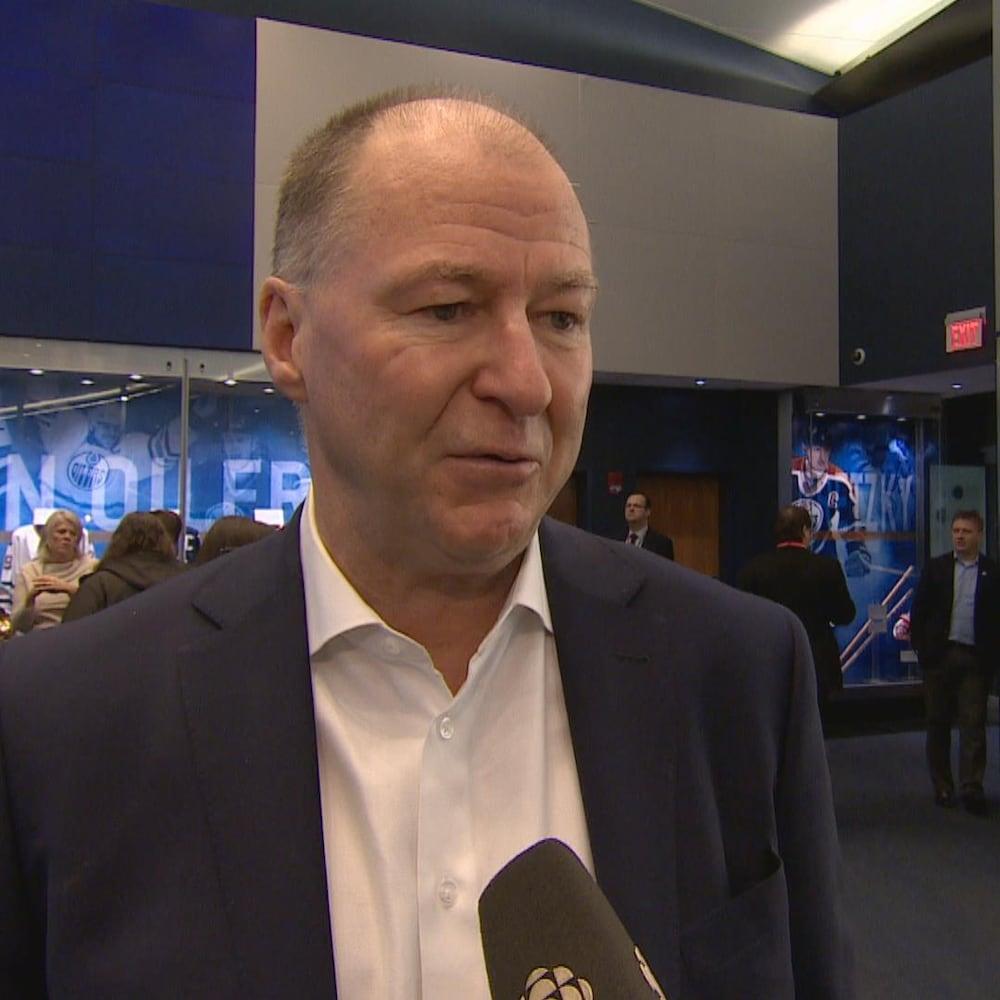 Kevin Lowe en entrevue avec Radio-Canada