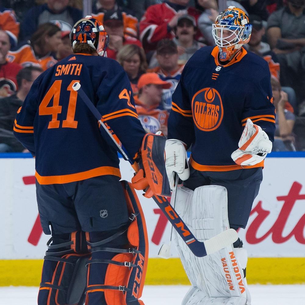Mike Smith remplace Mikko Koskinen devant la cage des Oilers.