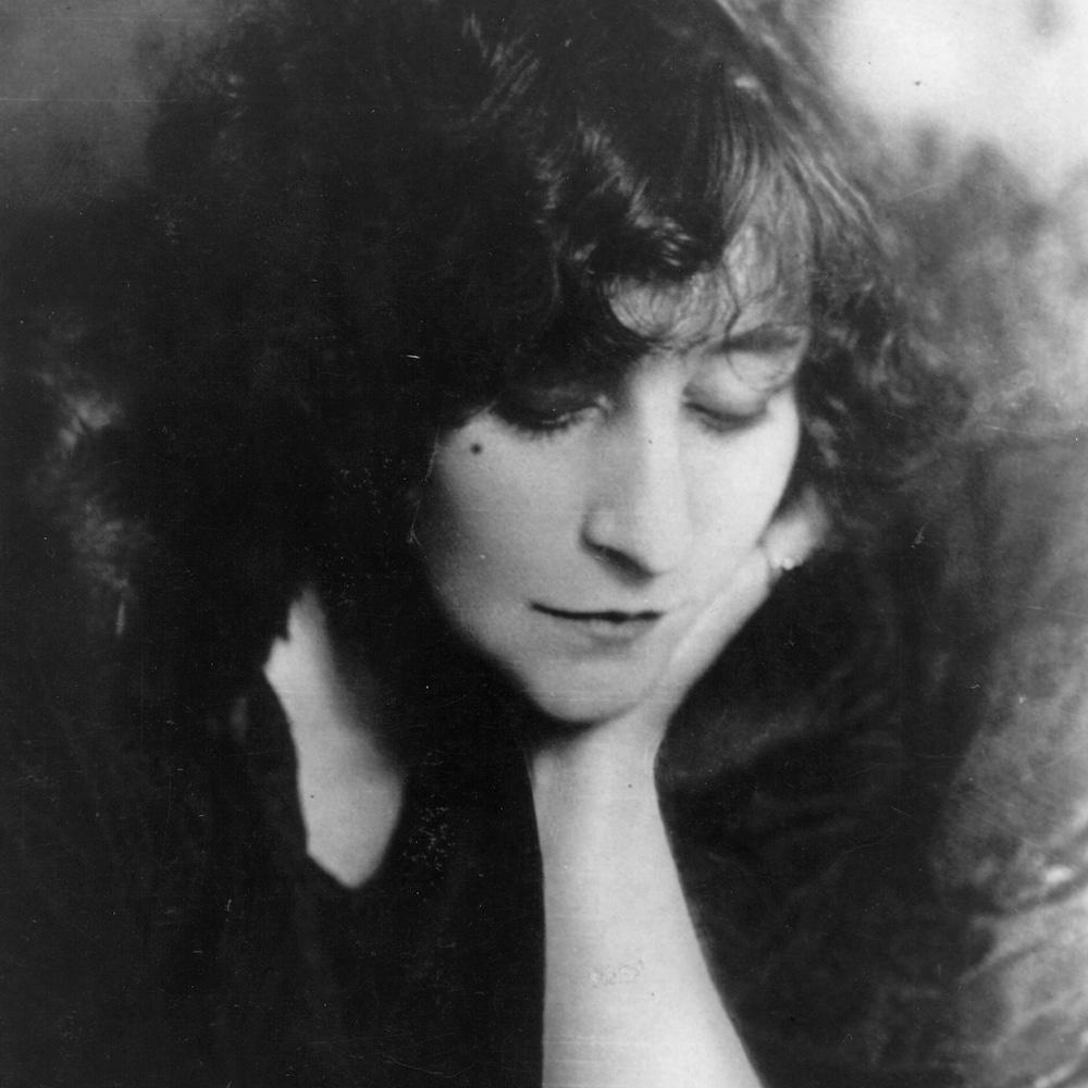 Portrait de l'auteure Colette.