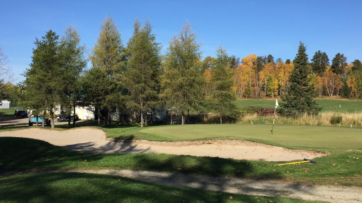 Terrain de golf au club L'Oiselet d'Amos
