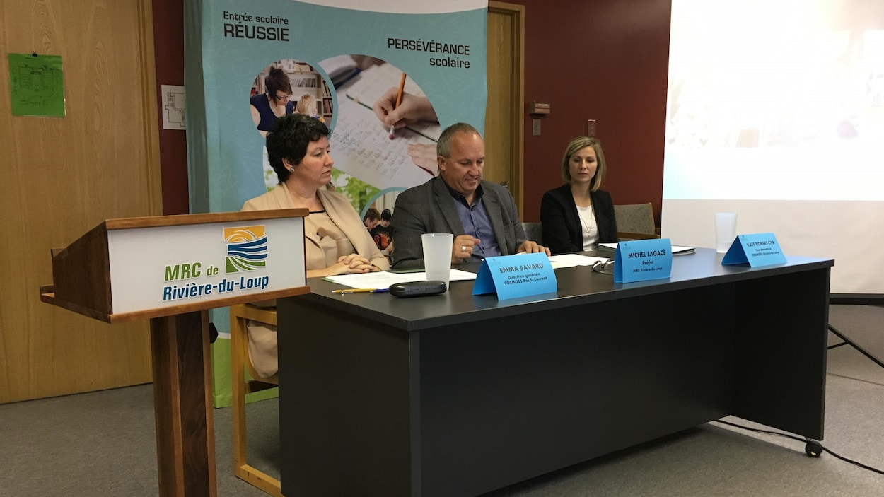 Emma Savard, Michel Lagacé et Kate Robert-Cyr répondent aux questions des journalistes.