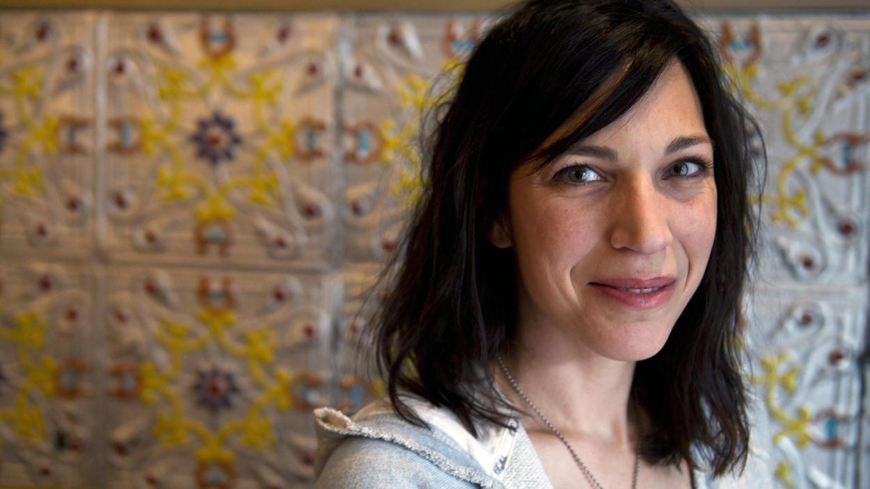 L'auteure et dramaturge Evelyne de la Cheneliere