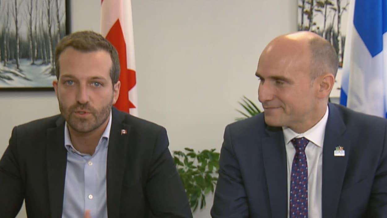 Les députés libéraux Joël Lightbound et Jean-Yves Duclos