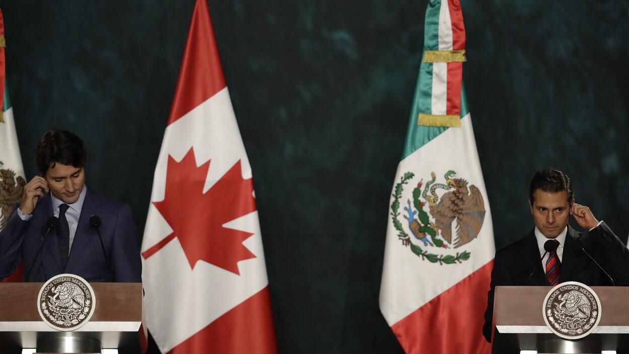 Le premier ministre canadien, Justin Trudeau, et le président mexicain, Enrique Pena Nieto, lors d'une conférence de presse conjointe à Mexico.