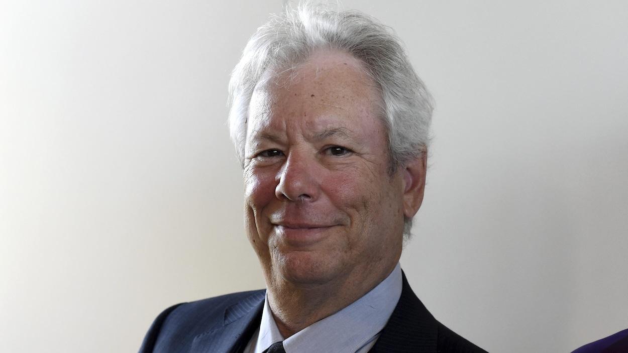 L'économiste américain Richard Thaler, photographié lors de la remise du prix économique mondial en 2014, à Kiel, en Allemagne.