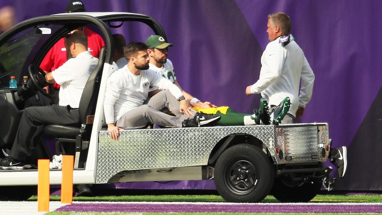 Packers : Aaron Rodgers touché à l'épaule