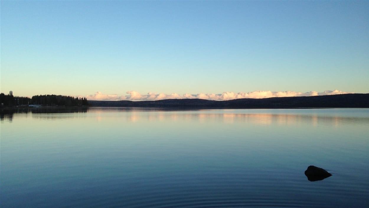 Le lac Matapédia en été
