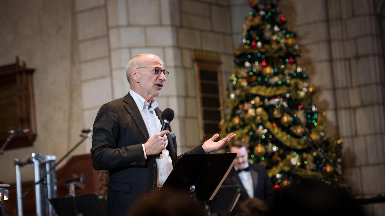 Hubert Lacroix lors d'un concert de la SRC à Montréal