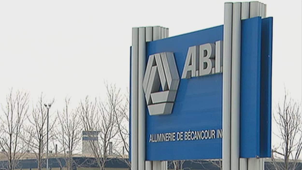 Affiche extérieure d'ABI, Aluminerie de Bécancour