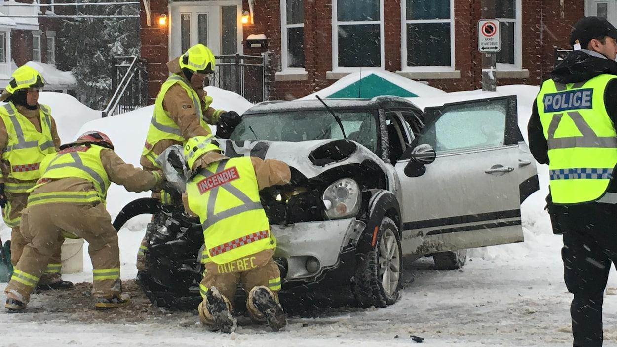 Accident sur le boulevard René-Lévesque