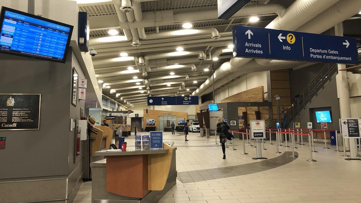 Intérieur de l'aéroport de Moncton le 12 juillet 2019.