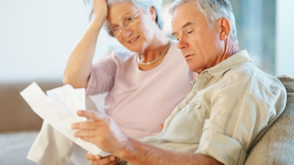 Cette année, les gens qui ont atteint 65 ans ne toucheront pas le crédit d'impôt pour l'âge.