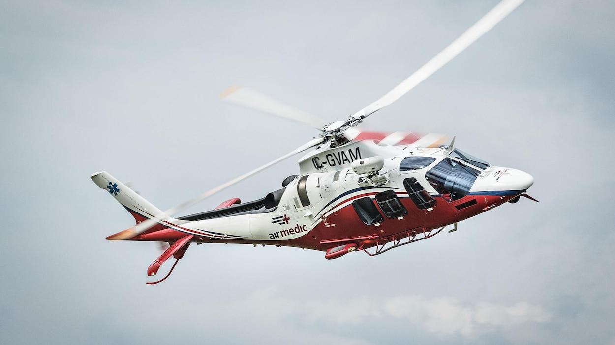 Un hélicoptère d'Airmedic