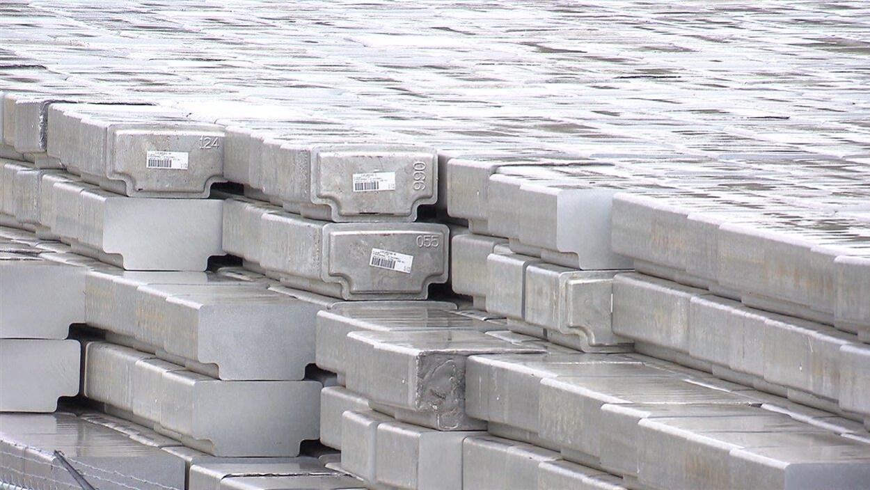 De l'aluminium
