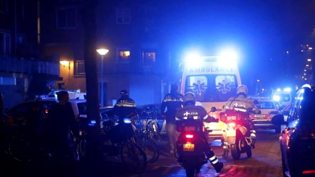 Un mort et deux blessés lors d'une fusillade — Amsterdam
