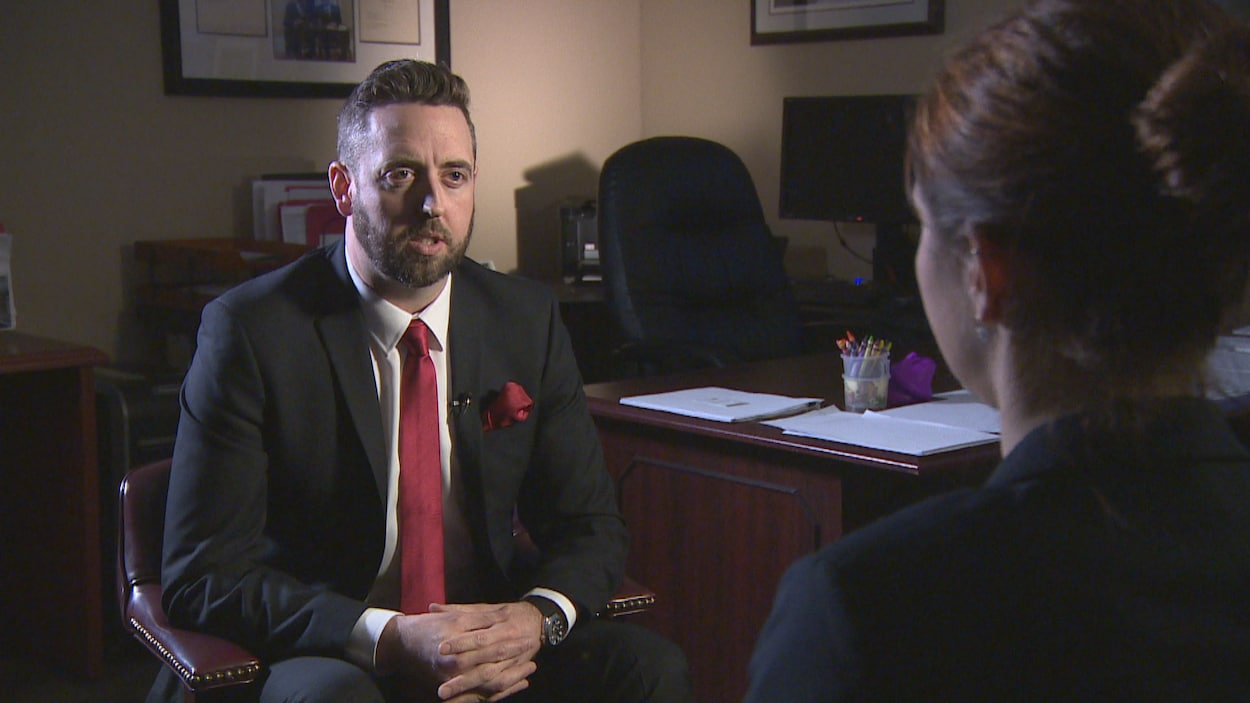 Le ministre de la Justice, Andrew Parsons, dit que le dédommagement le plus important que la province a accordé dans un cas de violence envers des enfants est de 800 000 $.