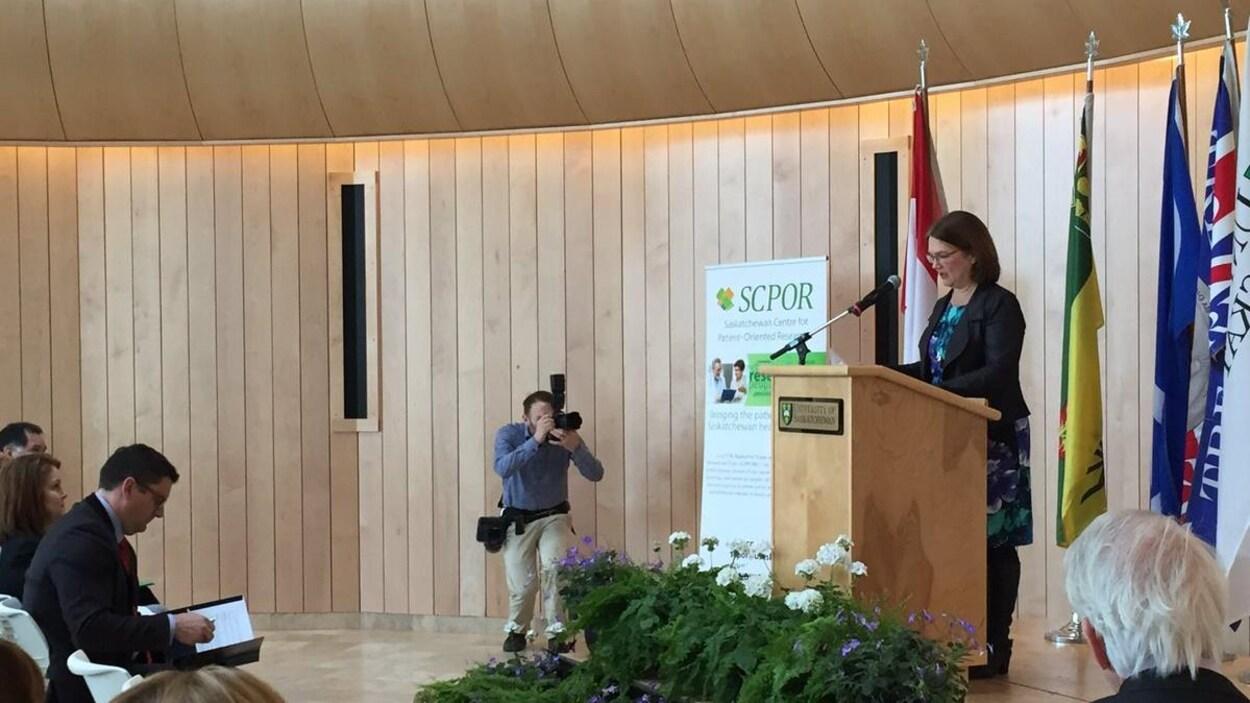 La ministre fédérale de la Santé a annoncé mardi la création du Centre de recherche axée sur le patient de la Saskatchewan.