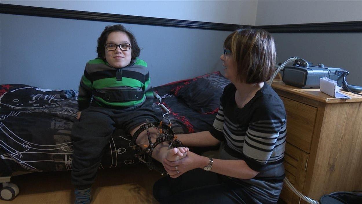 Anthony Lelievre, 13 ans, est atteint du syndrome de Morquio
