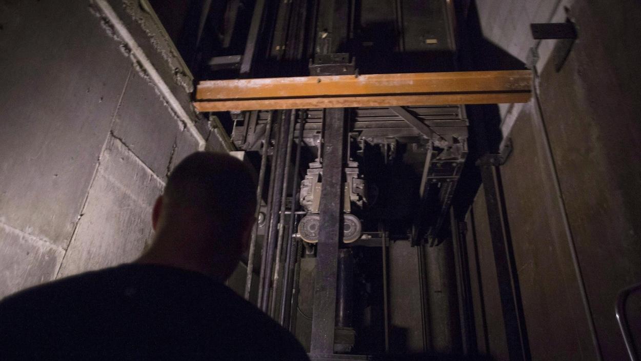 La mécanique d'un ascenseur