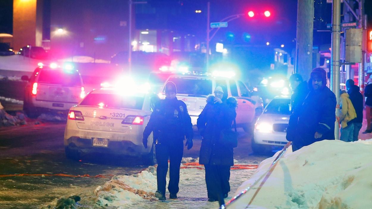 Un attentat terroriste a fait 6 morts et quelques blessés graves le 29 janvier 2017 au Centre culturel islamique de Québec.