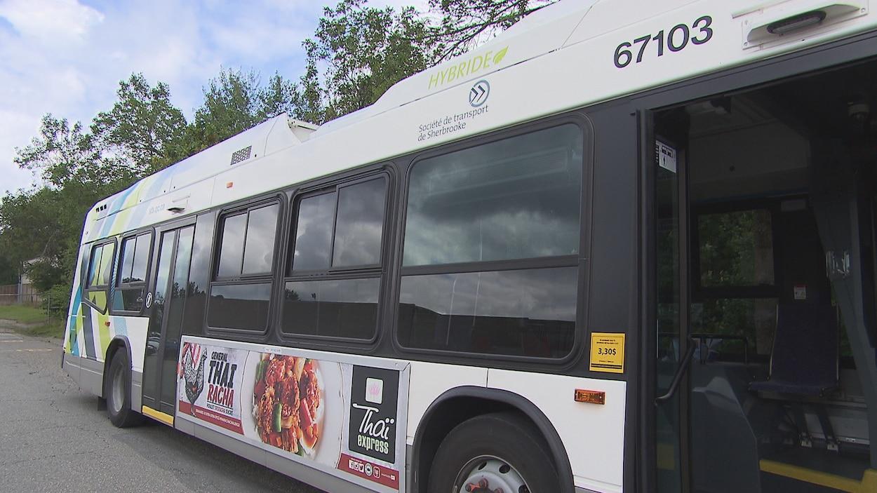 Un autobus de la ville de Sherbrooke