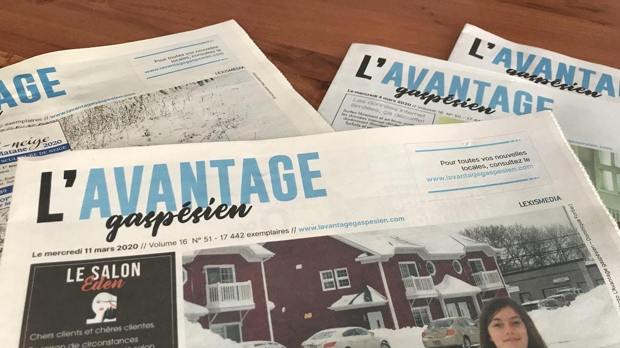 Les journaux sont publiés une fois par semaine.