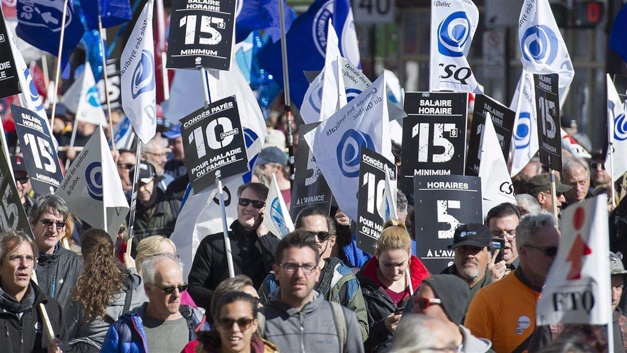 Une marche de 15km pour un salaire à 15$ l'heure