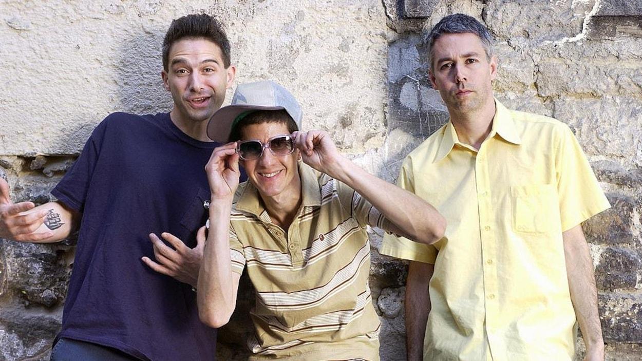 Portrait des trois membres du groupe