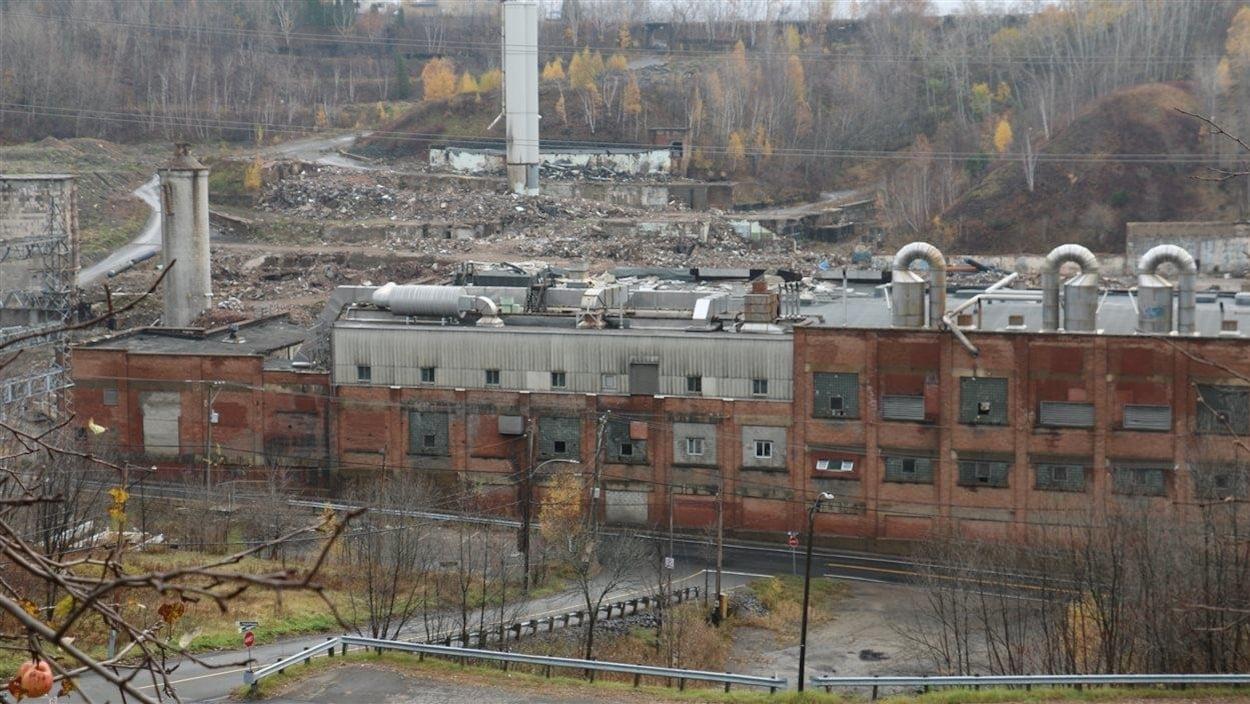 Le site en état de délabrement de la Belgo.