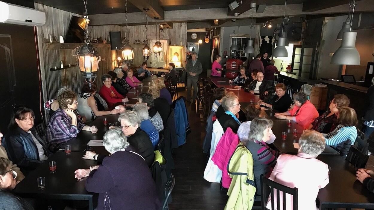 La Table de concertation pour personnes âgées du Témiscamingue a organisé mardi un événement de reconnaissance, où 75 bénévoles étaient rassemblés à Ville-Marie.