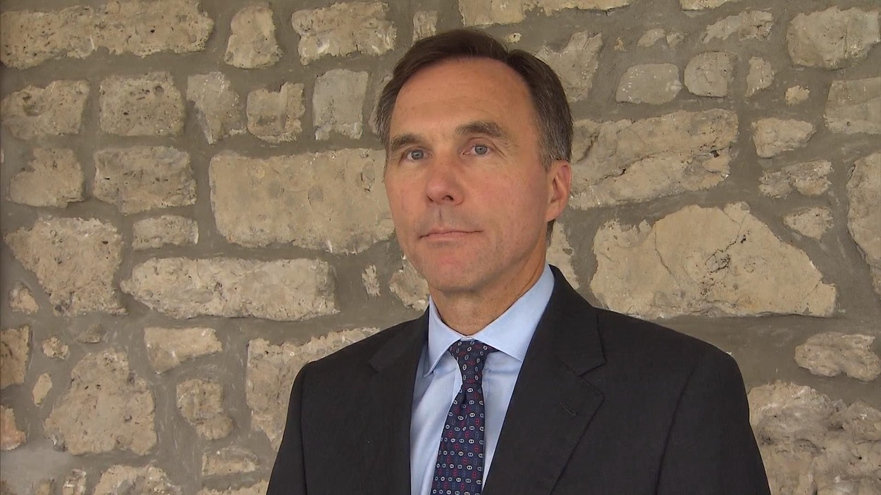 Bill Morneau.