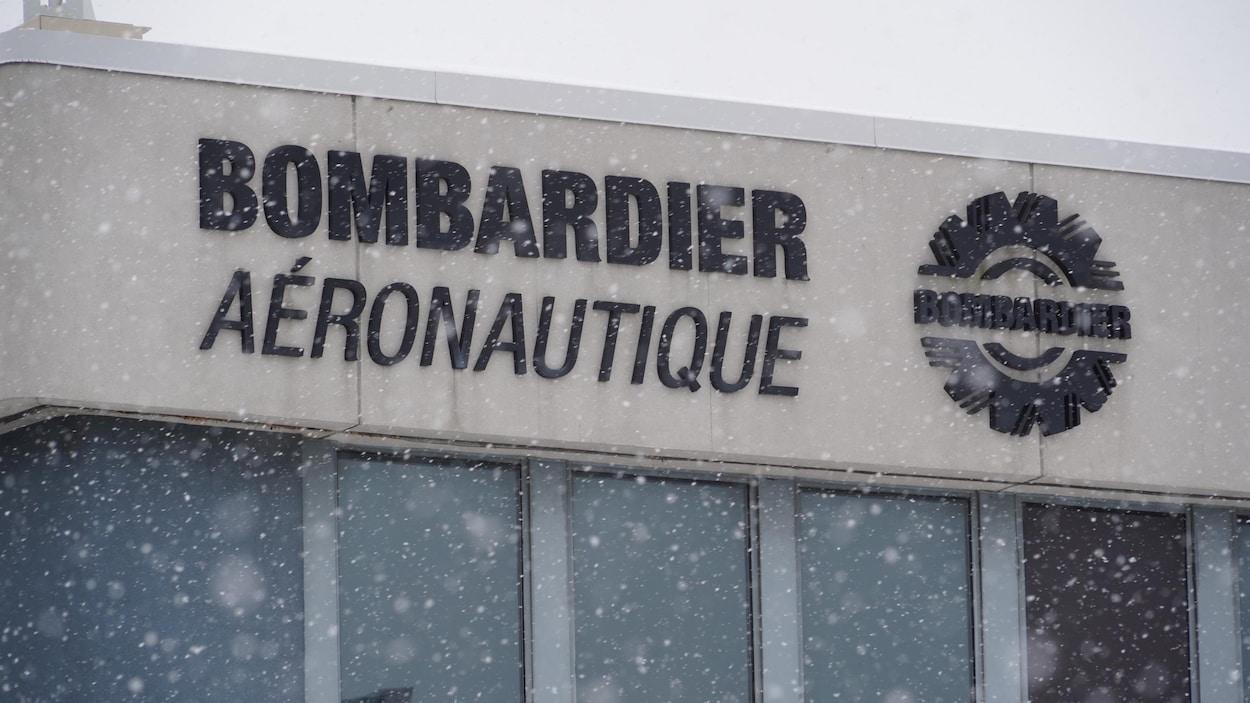 L'usine de Bombardier à Ville Saint-Laurent, sur la rue Marcel-Laurin.