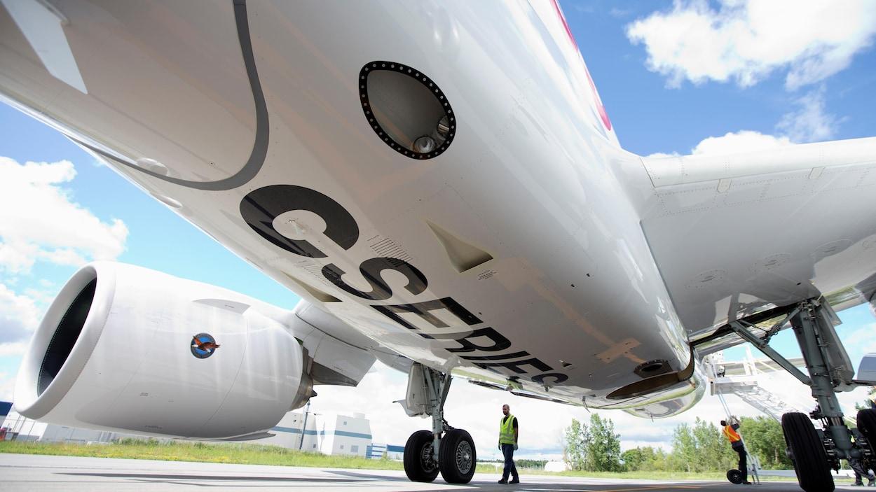 Avion du programme C Series.