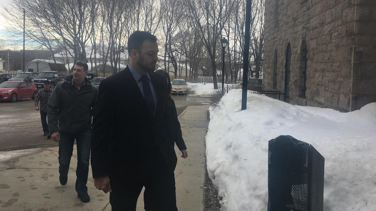 Mathieu Boudreau arrivant au palais de justice