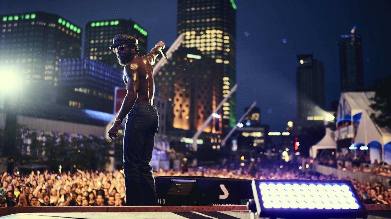 Le groupe Boulevards a donné une prestation sur la grande scène du 39e Festival international de jazz de Montréal.