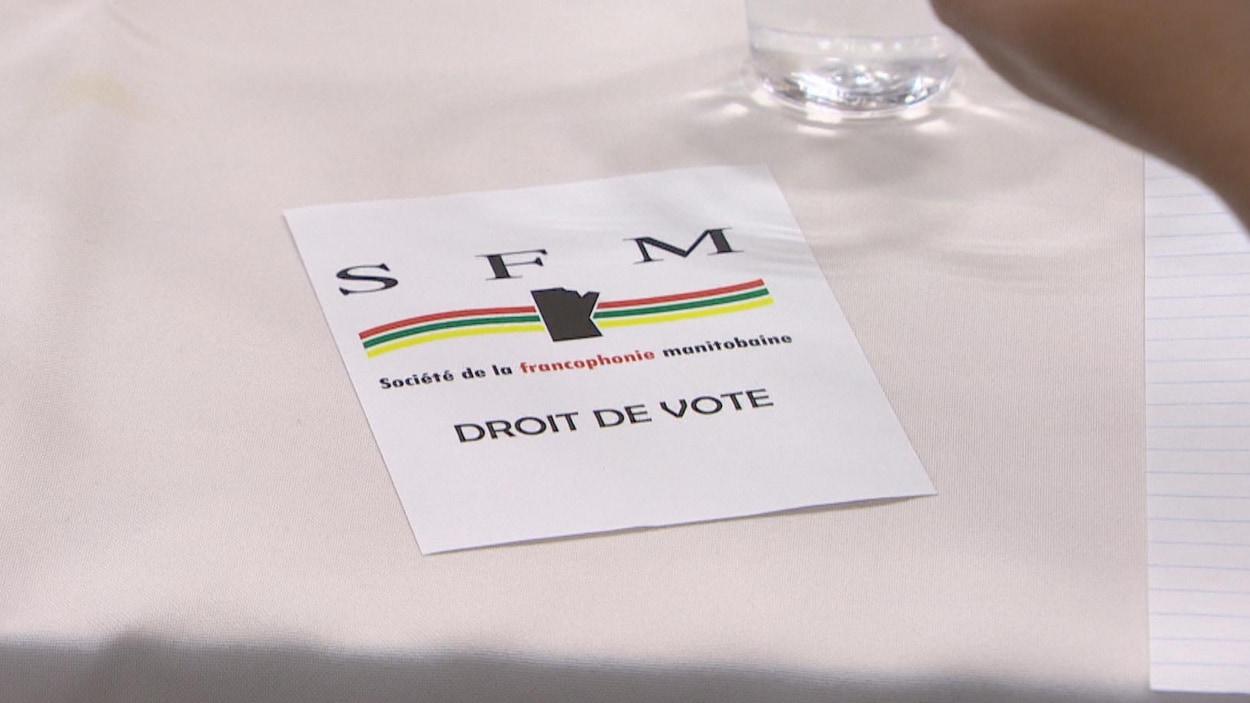 Un bulletin de vote de la Société de la francophonie manitobaine (SFM)