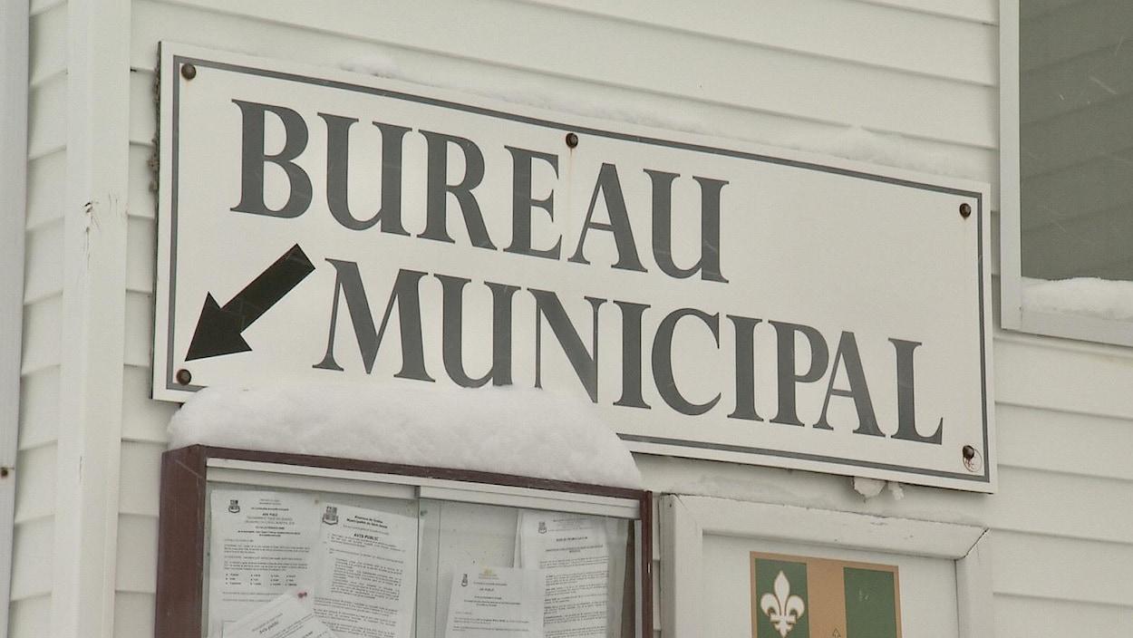 Le bureau municipal de Saint-Simon