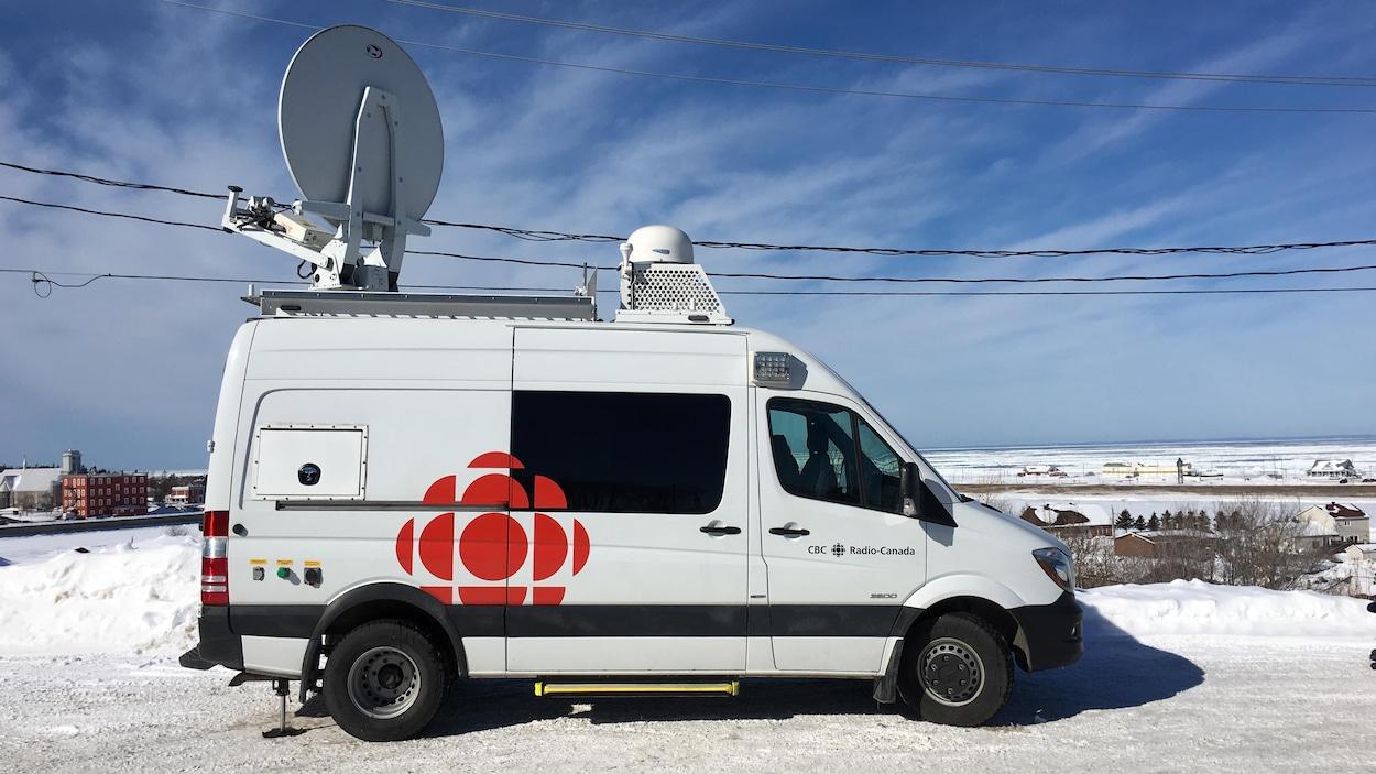 camion-satellite-matane
