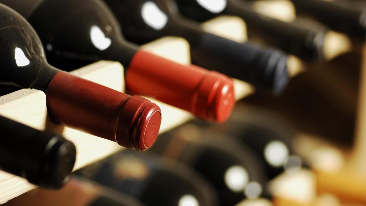 L'application permet d'échanger ou d'acheter des bouteilles de vin de collectionneurs privés.