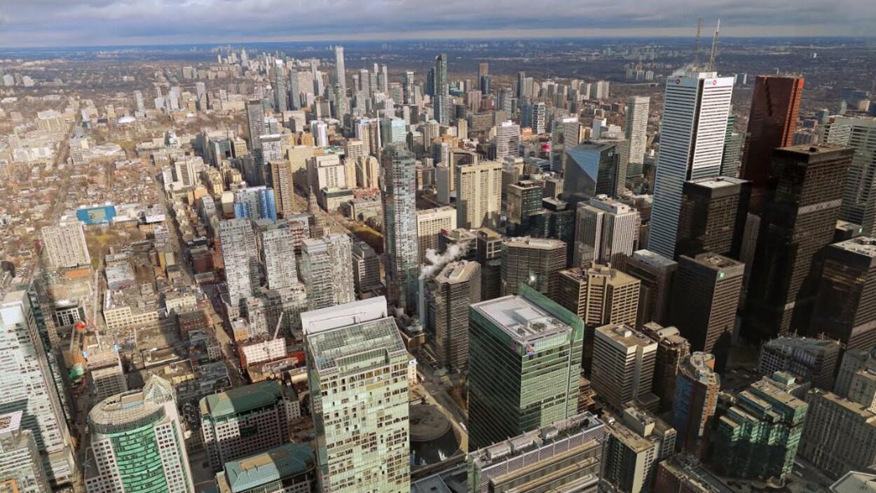 Vue aérienne de Toronto le jour.