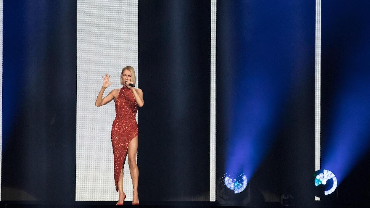 Son retour difficile sur scène — Céline Dion